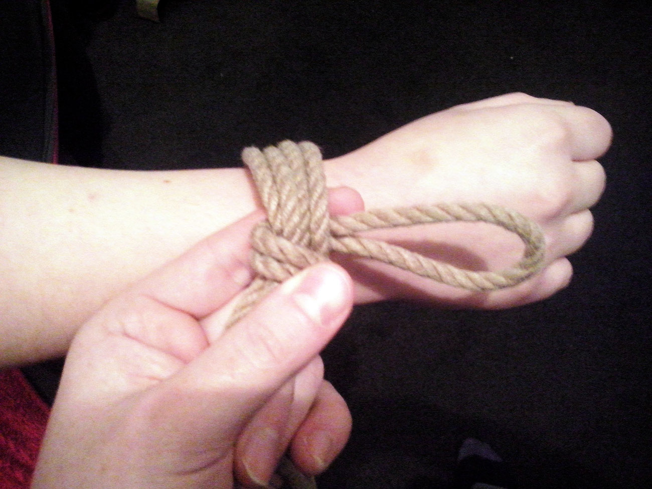 باندیج کردن و گره زدن طناب