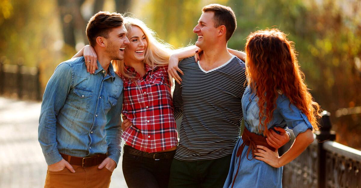 زوج خوشحال در رابطه ضربدری و باز
